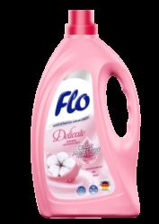 FLO Delicate tekutý prací prostředek na jemné oblečení 2l-Tekutý prací prostředek na jemné tkaniny Flo Delicate 2 l je určen pro jemné, hedvábné a vlněné tkaniny. Prostředek obsahuje extrakt z bavlny, díky čemuž oblečení je příjemné na dotek. Flo Delicate je vhodný jak pro ruční praní, tak i pro automatické pračky. Díky inovativnímu složení Flo Delicate perfektně pere, zanechává čerstvou vůni a chrání tkaninu před ztrátou barvy a žmolkovatěním. Flo Delicate je velmi účinný - 2 litry stačí na 40 pracích cyklů.