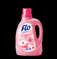 FLO Delicate tekutý prací prostředek na jemné oblečení 1l-Tekutý prací prostředek na jemné tkaniny Flo Delicate 1 l je určen pro jemné, hedvábné a vlněné tkaniny. Prostředek obsahuje extrakt z bavlny, díky čemuž oblečení je příjemné na dotek. Flo Delicate je vhodný jak pro ruční praní, tak i pro automatické pračky. Díky inovativnímu složení Flo Delicate perfektně pere, zanechává čerstvou vůni a chrání tkaninu před ztrátou barvy a žmolkovatěním. Flo Delicate je velmi účinný - 1 litr stačí na 20 pracích cyklů.